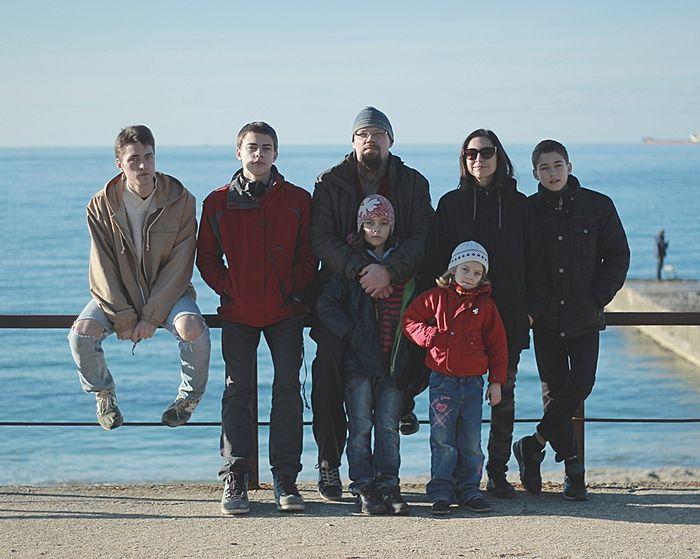 Семья Комаровых без старшей дочери